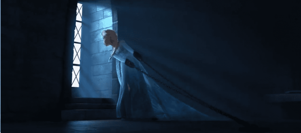 elsa-frozen-trailer-elsa-chains-prison