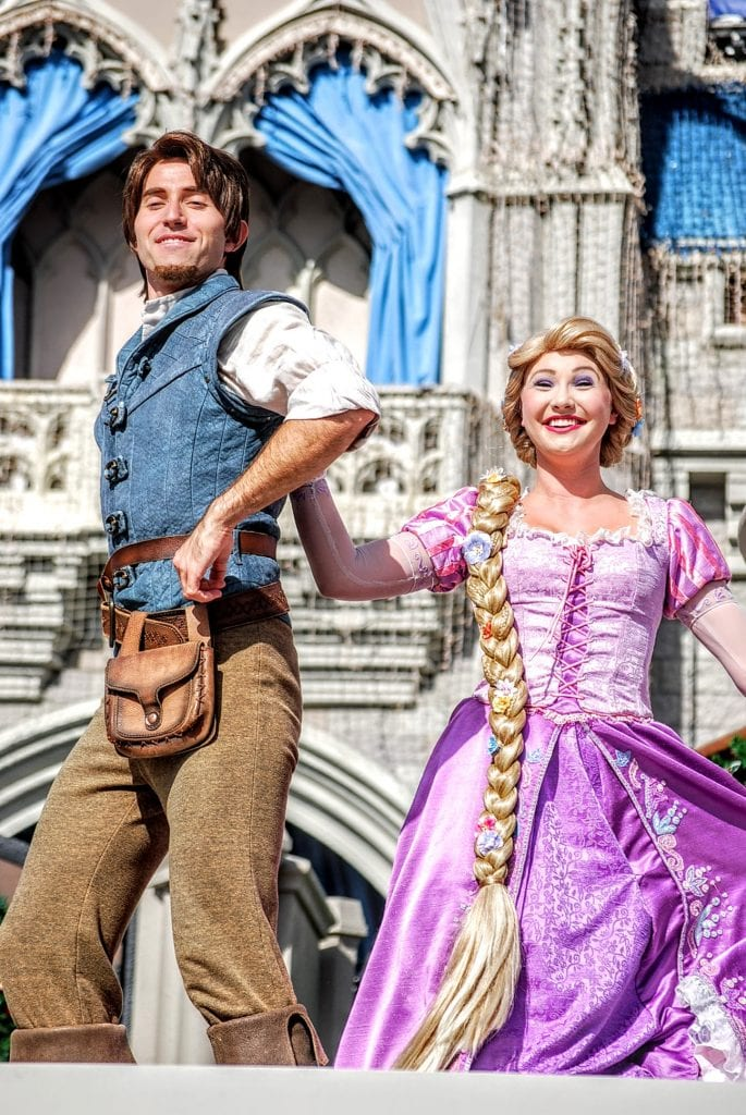 Flynn-Rapunzel-Friendship-Faire