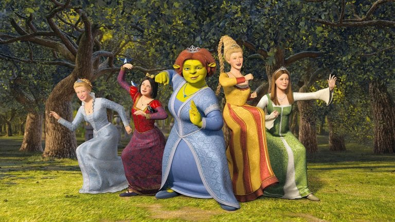 shrek the third and princess fiona Shrek the third after being the prince consort and live with princess fiona, who is no longer pretty, shrek gradually recognizes and takes new responsibilities: the responsibility of a future king and the husband's responsibility to care for family life.
