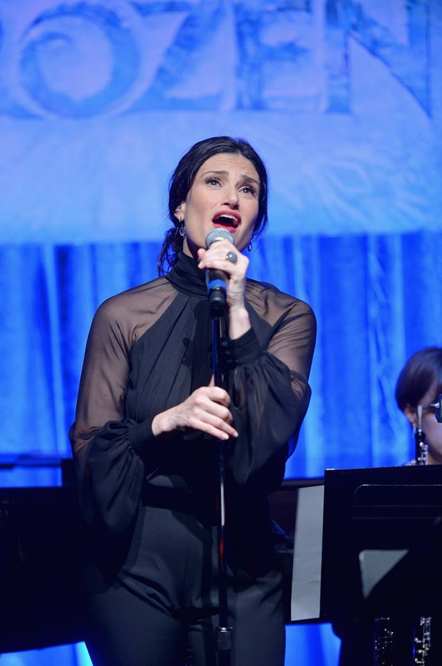 Idina Menzel To Perform Quot Let It Go Quot At 2014 Oscars