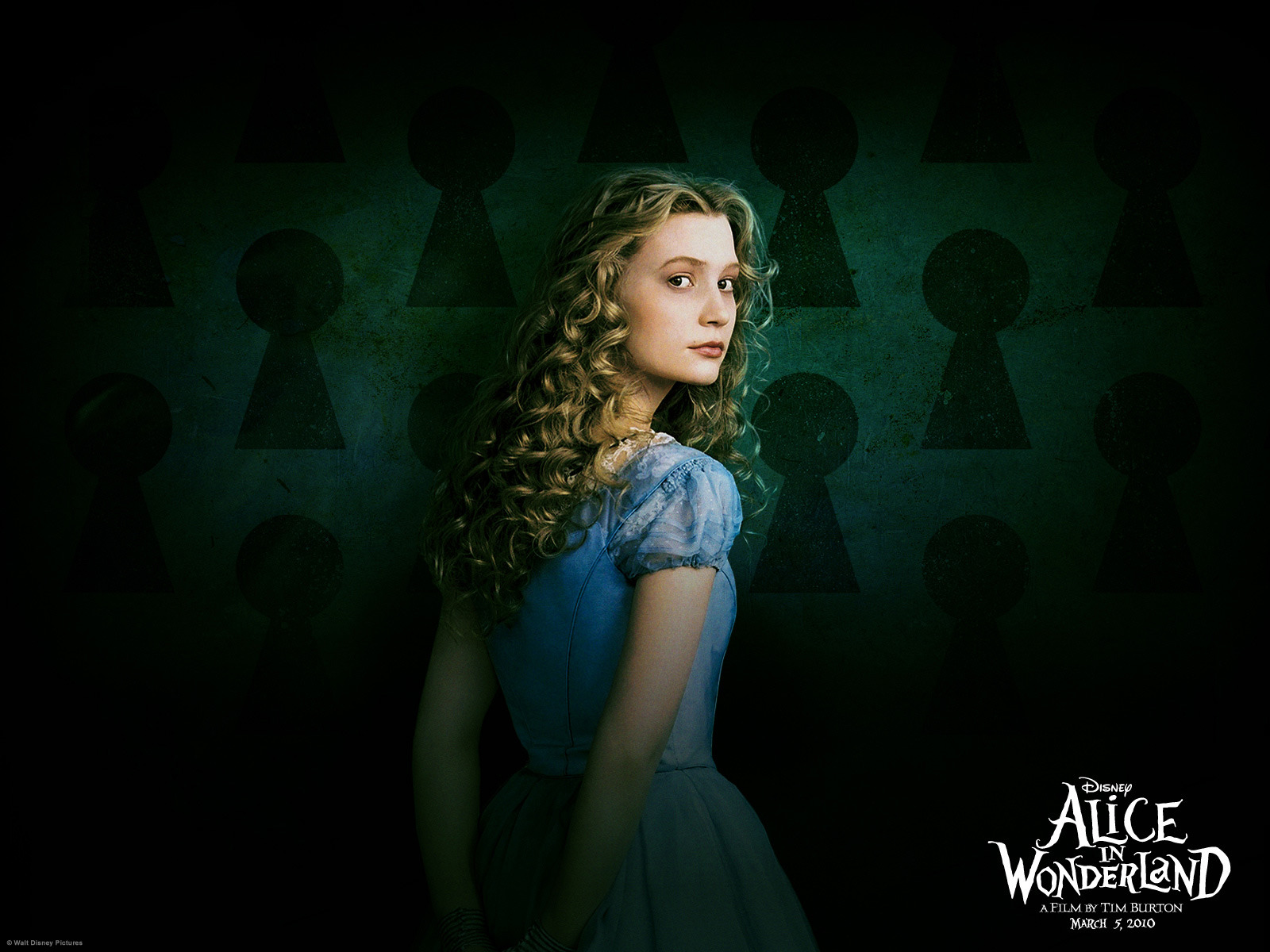 Alice In Wonderland Sequel Gets New Title Cast Rotoscopers