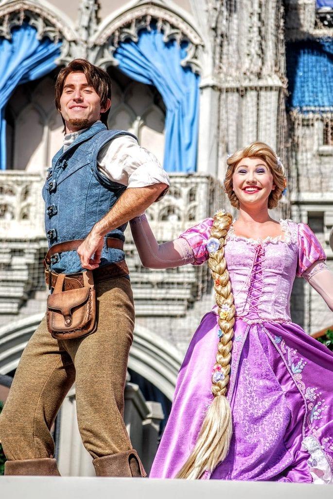Flynn-Rapunzel-Friendship-Faire
