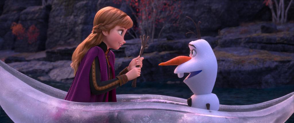 frozen-2-still-anna-olaf-boat